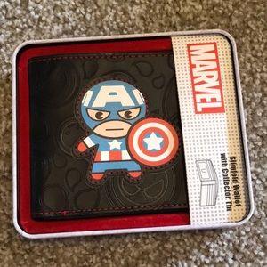 Captain America Slimfold Wallet Collector Tin